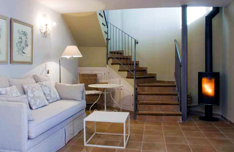 Sala con escaleras